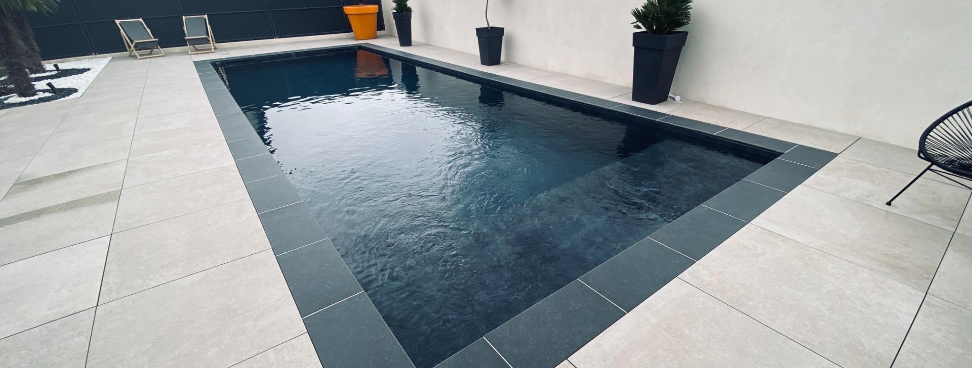 piscines  traditionnelles sur mesure